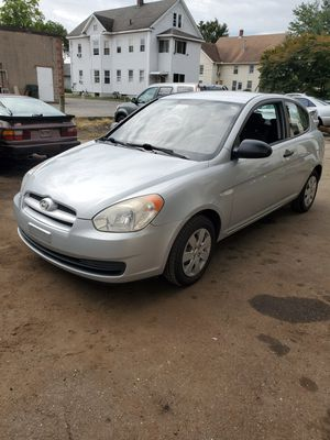 Hyundai accent 2008 for Sale in Hartford, CT