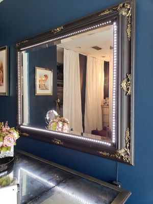 Vanity mirror, makeup mirror for Sale in Tampa, FL