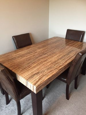 dining table and 4 chairs for Sale in Lynnwood, WA