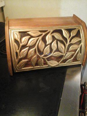 UNIQUE VINTAGE BREAD BOX for Sale in Lakeside, AZ