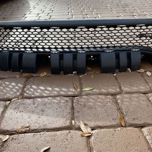 2016 DODGE CHARGER GRILLE for Sale in Fort Lauderdale, FL