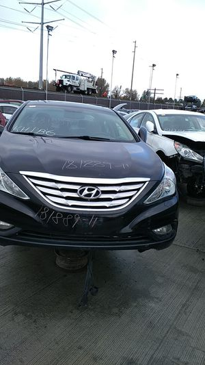 Parting out 2011 Hyundai Sonata 2.0T for Sale in Kent, WA