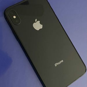 iPhone X 256g UNLOCKED for Sale in Warminster, PA