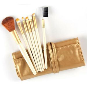 Brandnew gold 7pc makeup brushes with leather pouch for Sale in Puyallup, WA