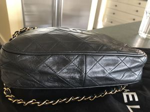 Authentic Chanel reconditioned by Chanel for Sale in Seattle, WA