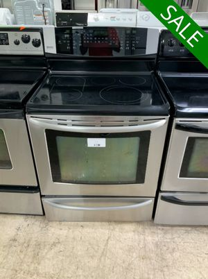 😍😍Electric Stove Oven Kenmore Delivery Available Stainless Steel #922😍😍 for Sale in Deltona, FL