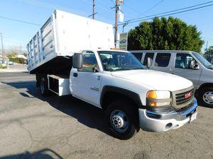 2007 GMC SIERRA DUMP TRUCK for Sale in Los Angeles, CA