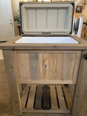 Ice chest cooler for Sale in Patterson, CA