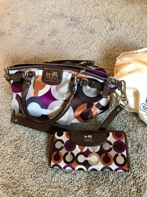 Coach purse & wallet for Sale in Vancouver, WA
