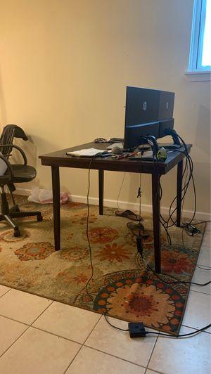 Desk/ chair for Sale in Alexandria, VA
