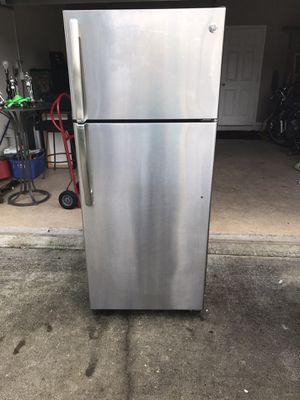 Refrigerator for Sale in Davenport, FL