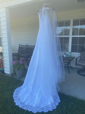 Michael Angelo Wedding Dress Size 16 for Sale in Raleigh, NC