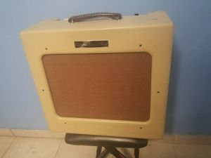 """Victoria Regal 2 II Tube Boutique Guitar Amplifier Combo Amp w/ 15"""" for Sale in Los Angeles, CA"""