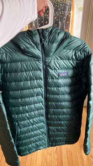 Patagonia Men's Down Sweater Hoody Size: L for Sale in Melrose, MA