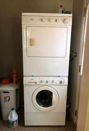 Kenmore stackable washer and dryer for Sale in Torrance, CA