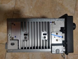 Radio unit ford expedition xlt 2005 for Sale in Brooklyn, NY