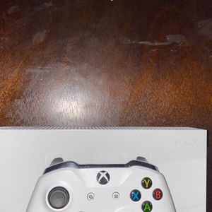 Xbox One S 1TB for Sale in Portland, OR