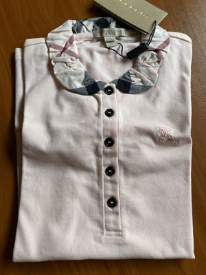 Burberry woman T-shirt pink color New for Sale in Mukilteo, WA