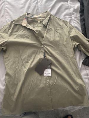 Burberry women dressing shirt for Sale in Lynwood, CA