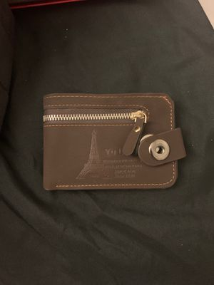 Pure soft leather with magnet clipper very luxury men's wallet for Sale in Taylor, MI