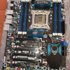 Intel Motherboard DX79SI DDR3 LGA2011 for Sale in Hillsboro, OR