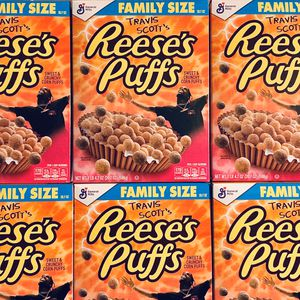 🍴🍴 Travis Scott Family Size Reese's Puff for Sale in Chicago, IL