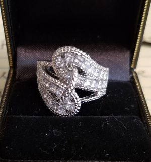 NEW 925 Sterling Silver White Sapphire Twist Ring sz. 8 for Sale in Dallas, TX