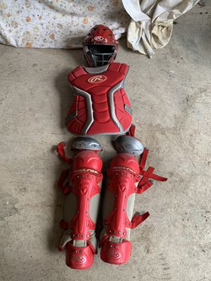 Rawlings Red Intermediate catchers gear for Sale in Lenexa, KS