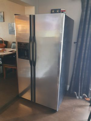 Refrigerator Kenmore for Sale in Hialeah, FL