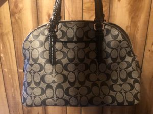 Coach purse for Sale in Washington, IL