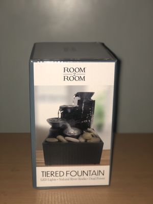 Room 2 Room Tiered Fountain with LED Lights for Sale in Queens, NY