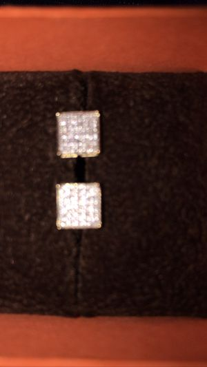 Lmk diamond square earrings real deal paid 300 brand new for Sale in San Antonio, TX