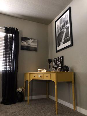Corner Desk Ethan Allen for Sale in Waterford, CA