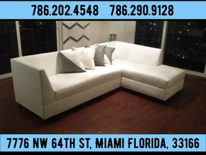 White leather sectional couch available for sale a low price for Sale in Miami Springs, FL