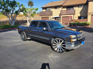 2005 Chevy Silverado 1500 LS for Sale in Vista, CA
