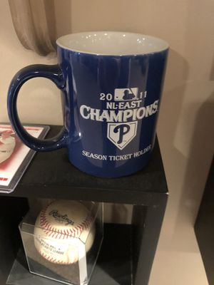 2011 NL EAST CHAMPIONS Phillies mug for Sale in Feasterville-Trevose, PA