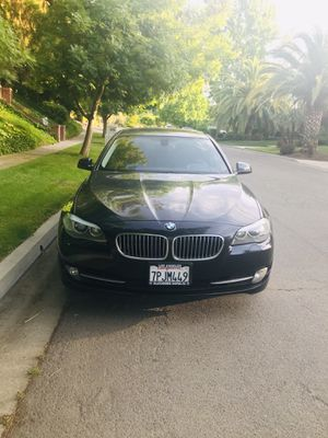 Beautiful BMW 528i for Sale in Fresno, CA