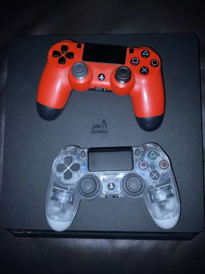 PS4 Slim 500gb plus 2 controllers for Sale in Los Angeles, CA