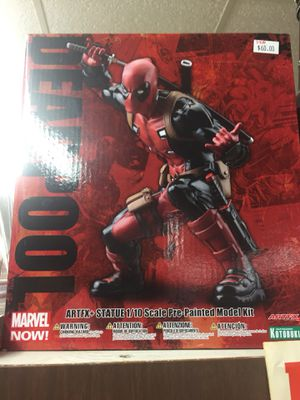 Marvel Now Deadpool Statue Very cool w/ box for Sale in Plano, TX