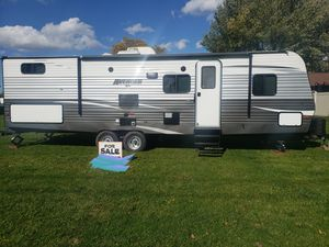"2019 ATI AVENGER. SLEEPS 9 EASILY, HUGE BUNK HOUSE, OUTDOOR KITCHEN, 50"" TV. LOTS OF STORAGE for Sale in Cheektowaga, NY"