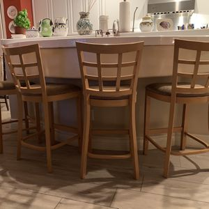 (4) Wooden Bar Stools $200 for Sale in Henderson, NV