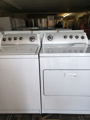 Whirlpool washer and dryer set for Sale in Tampa, FL