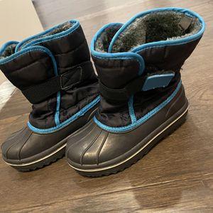 Size 11 Children's Place Kids Snow Boots for Sale in Aldie, VA