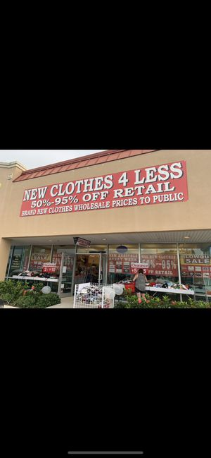 OVERSTOCK FROM MACY'S KOHL'S TARGET NORDSTROM ETC for Sale in Port St. Lucie, FL