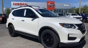 2018 Nissan Rogue SV Midnight for Sale in Holiday, FL