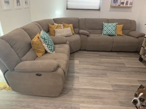 Sectional Reclining Sofa for Sale in Miami, FL