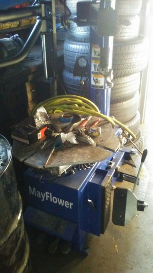 Tire machine and balance for Sale in Hyattsville, MD