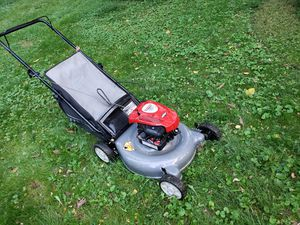 Craftsman lawn mower with bag runs great for Sale in Bensalem, PA
