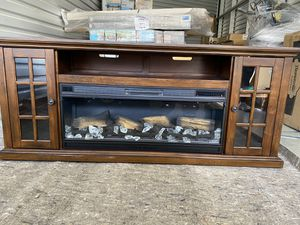 Fireplace table for Sale in Indio, CA