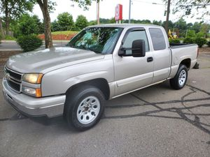 2006 CHEVY SILVERADO LT 160.000 MILES BEAUTIFUL TRUCK for Sale in Derby, CT